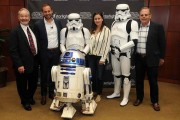 Starlight Children's Foundation Announces Starlight Virtual Reality with Star Wars: Force for Change and Google At Florida Hospital for Children